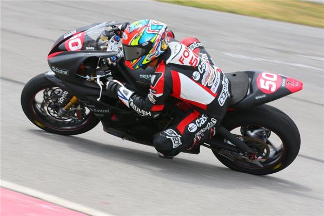 Triumph's Fong Tied For Dynojet Pro Sportbike Championship Lead Heading Into Finale Of GEICO Motorcycle Superbike Shootout